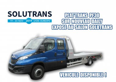 Exhibition SOLUTRANS in Lyon Eurexpo (69) in France of the new IVECO DAILY 7T with equipment PLAT'TRANS PF30
