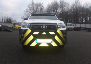 New steel sheet bumper for New Toyota Hilux 2020 with special reflective stripes