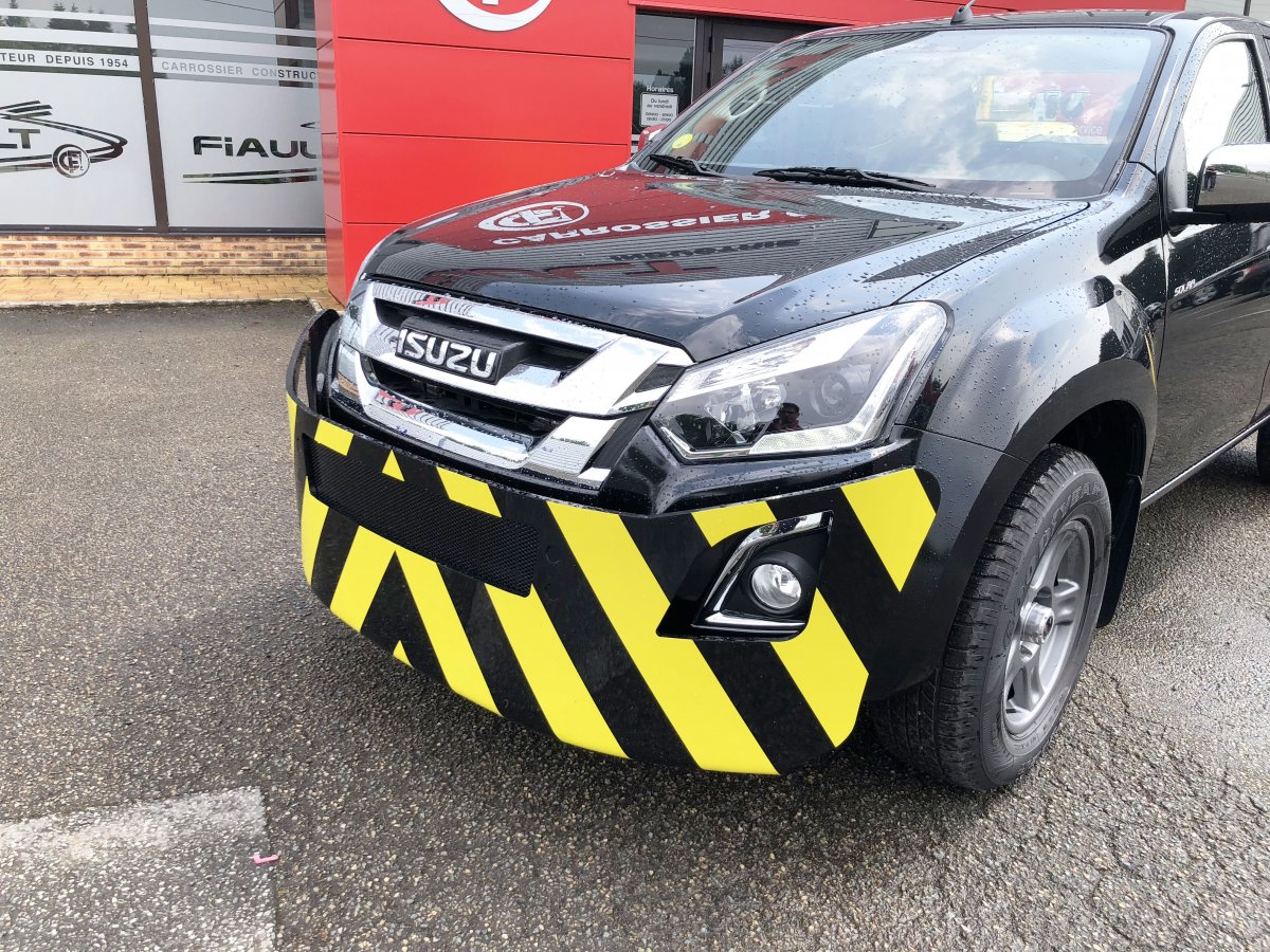 New steel bumper for isuzu d-max