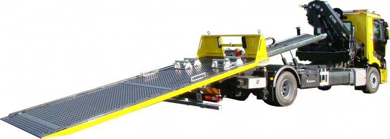 Décélération. Essais de freins. nes, car elle retirent non seulement le minerai, mais servent également au trans- port des numérique.